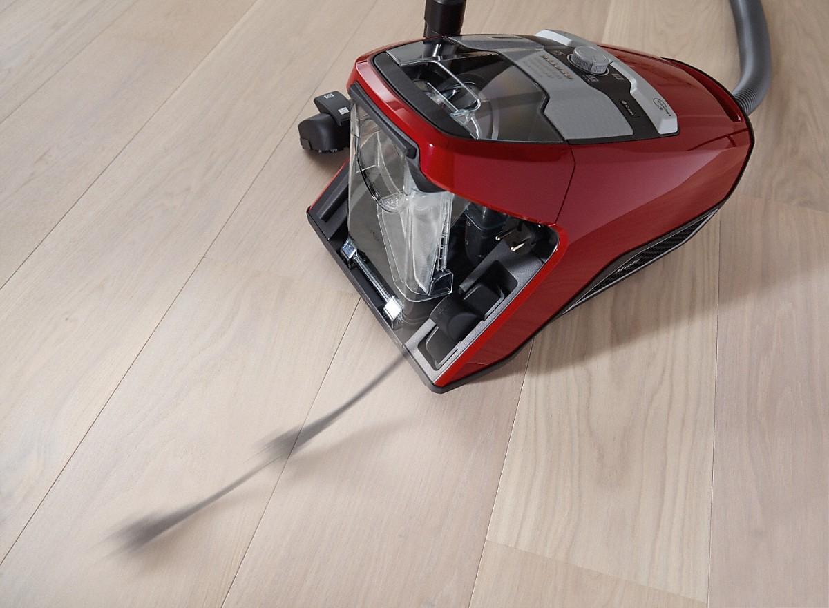 Miele Blizzard CX1 Red PowerLine SKRF3 Staubsauger ohne